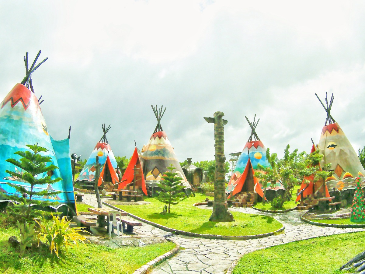 DIY Travel Guide: Campuestohan + The Ruins, Negros Occidental